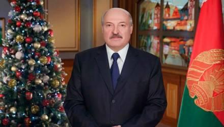 «Это будет год тяжелого труда, побед и поражений». Президент поздравил белорусов с 2019 годом
