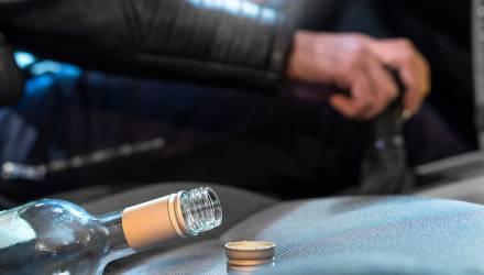 В Жлобине молодой человек съездил пьяным на СТО и лишился авто
