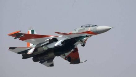 Момент падения двух самолётов ВВС Индии попал на видео