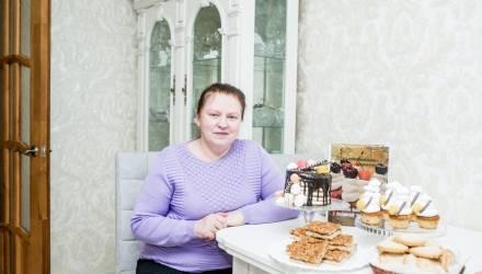 Маффины и «Мужское искушение»: кондитер из Гомеля издала книгу с более 100 рецептами своей домашней выпечки