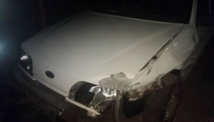 На гомельской трассе водитель потерял сознание и совершил наезд на тросовое ограждение
