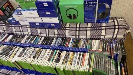 В Гомеле у безработного гомельчанина изъяли две приставки и 510 дисков с играми – всего на 43000 рублей