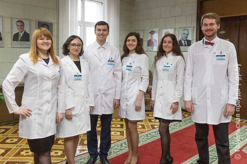 video-studenti-ginekologi-na-praktike