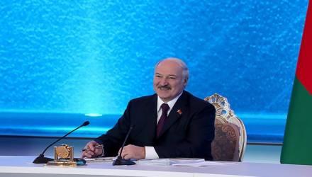 Лукашенко про благосостояние белорусов: Люди привыкли, что президент всё за них решит