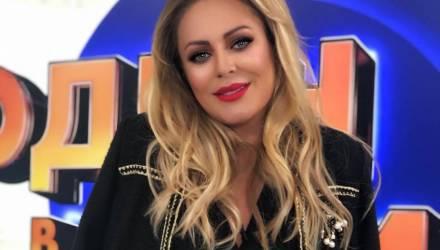 Певица Юлия Началова госпитализирована в реанимацию в крайне тяжёлом состоянии