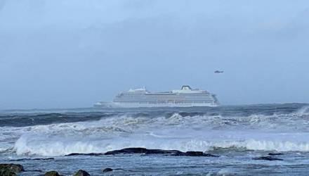 В Сети появилось видео с терпящего бедствие в Норвегии лайнера Viking Sky