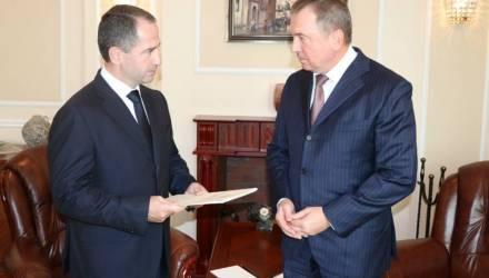 От менторства до «подающего надежды бухгалтера». МИД Беларуси резко ответил послу РФ