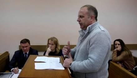 Взят под стражу в зале суда: директору агрокомбината «Южный» вынесен приговор за получение взятки в 1200 долларов