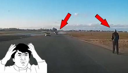 """""""О, смотри, что делает!"""" Пользователи возмутились двойным обгоном BMW под Жлобином, который мог привести к смертельному ДТП"""