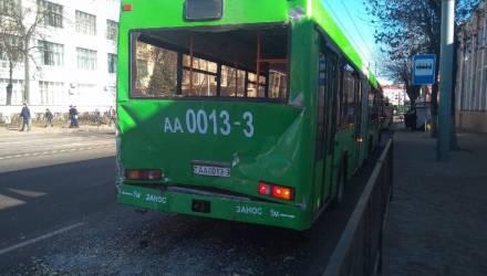 Фотофакт: в Гомеле столкнулись два автобуса
