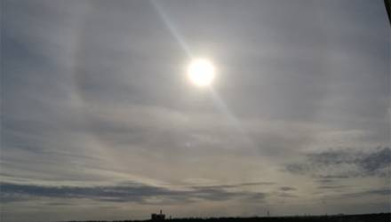 Фотофакт: над Жлобином заметили солнечное гало