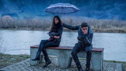 Ветрено, ливень, вечером снег. Понедельник в Гомеле выдастся на редкость... интересным