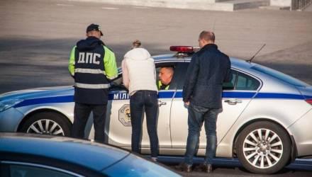 Взяточники на дорогах. Сколько и за что предлагали водители-белорусы (видео)