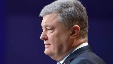 Порошенко пообещал вернуть Крым без «подковёрных договоренностей»