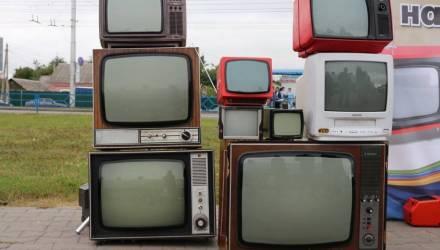 На Гомельщине трое учащихся лицея остро захотели шашлыка и... украли 5 старых телевизоров, чтобы сдать на металлолом
