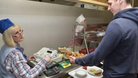 Гомельским студентам предложили бесплатные обеды
