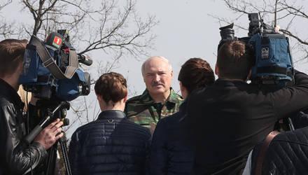 Лукашенко рассказал, что в Куропатах активисты c бчб, «проколовшись» и «нанюхавшись», справляли нужду