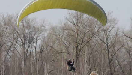 На аэродроме Зябровка прошел открытый кубок Беларуси по парапланерному спорту