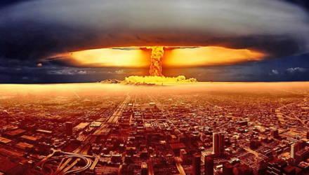 Учёные: ядерный апокалипсис помогут предотвратить женщины