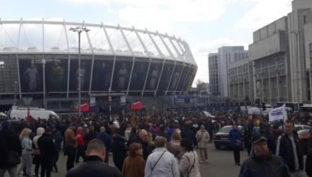 Всё-таки состоятся. Порошенко и Зеленский заключили соглашение с «Олимпийским» на проведение дебатов 19 апреля