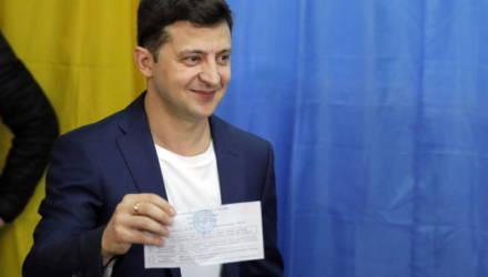 Первый exit poll: Зеленский набирает более 70% голосов