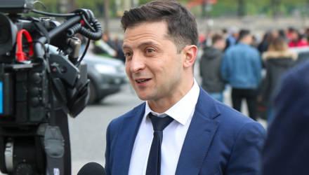 «Кто-то от меня булаву прячет». Зеленский обвинил ЦИК в затягивании объявления итогов выборов
