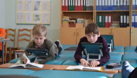 «Отчислен! В связи с выздоровлением». Как в Гомеле работает единственная в регионе школа для детей с заболеванием позвоночника
