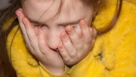 В Беларуси задержали отца, который регулярно насиловал двух малолетних дочерей