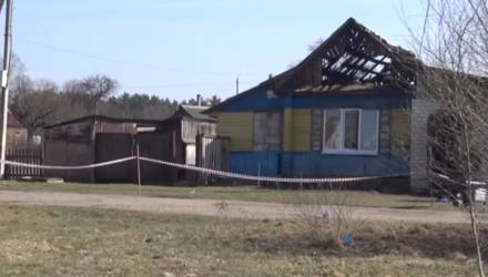 В Черикове два брата зарезали учительницу и подожгли её дом