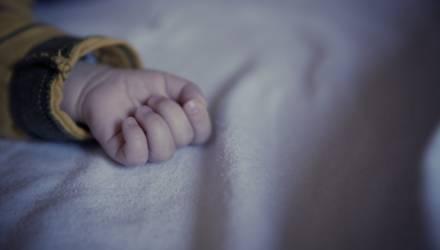 В Лоевском районе устанавливаются обстоятельства смерти двухмесячного малыша