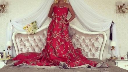 Анастасия Волочкова показала постель, где наслаждается с любимым красотой и нежностью