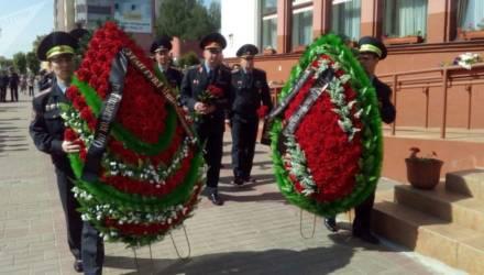 С погибшим при исполнении милиционером простились в Могилёве (фото, видео)
