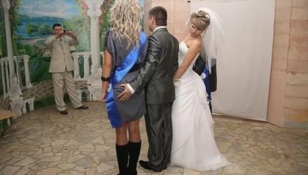 На два брака — один развод. Почему в Беларуси распадаются семьи?