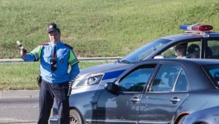 Сюрпризы для белорусских водителей: или меняйте права, или возите с собой справку