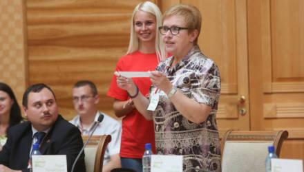 Ермошина предложила выбирать глав сельских органов власти, а затем, возможно, и мэров городов