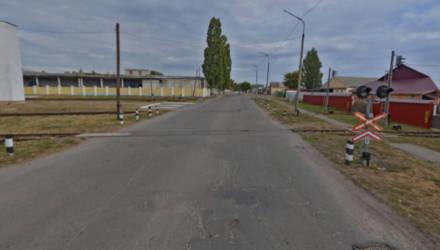 Водителям на заметку. В Гомеле на ж/д переезде по ул. Шилова закрыли движение, а по ул. Фрунзе частично ограничили