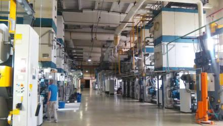 «Гомельобои» в тестовом режиме запустили линию по выпуску виниловых обоев