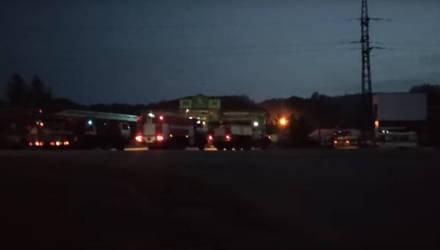 Видеофакт: в агрогородке Ерёмино под Гомелем горело СТО