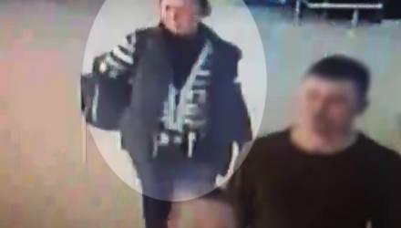 Внимание, розыск! В Гомеле ищут женщину, которая в магазине похитила имущество из камеры хранения