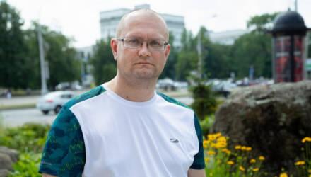 Белоруса Николая Турко, который прыгнул в озеро за коляской с ребёнком, наградили ценным подарком