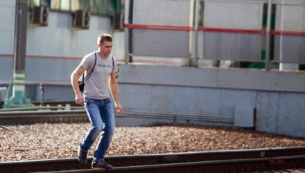В Гомеле под дизель попал 21-летний парень в наушниках