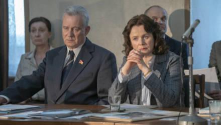 """В России потребовали запретить сериал """"Чернобыль"""" и судить его создателей"""