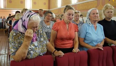 «Это наше сердце». Деревня под Гомелем восстала против стройки на братской могиле