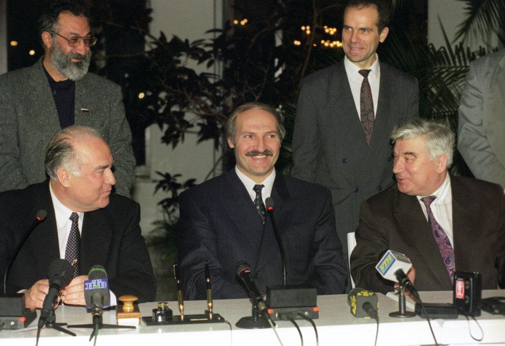 История президентства Лукашенко в 40 фотографиях