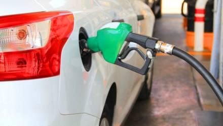 Что происходит?! Автомобильное топливо снова дешевеет в Беларуси