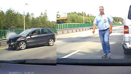 """""""Не дал опередить, б...!"""" Наглядное видео о белорусской культуре на дороге"""