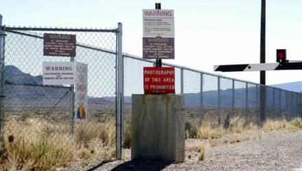 Штурм «Зоны 51»: что известно об обороне военной базы, которую мечтают захватить в соцсетях