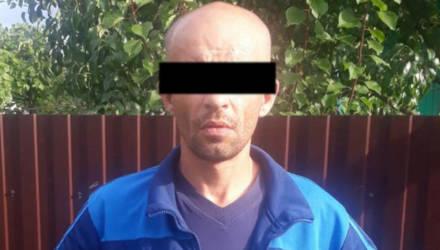На Гомельщине задержали мужчину, который приехал на велосипеде в магазин, изнасиловал девушку-продавца и украл 700 рублей выручки