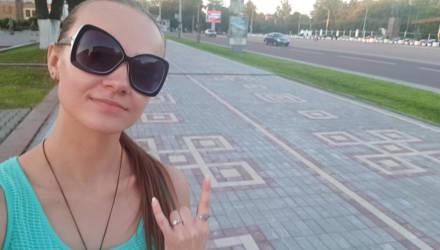 В Гомеле снятую плитку по ул. Советской используют повторно для благоустройства дворов и территорий садиков