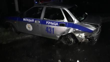 В Речице пьяный водитель на Audi в полночь протаранил автомобиль ГАИ